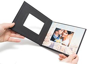 Couvertures rigides clipsées pour photo book, relâcher la couverture pour sceller votre document.