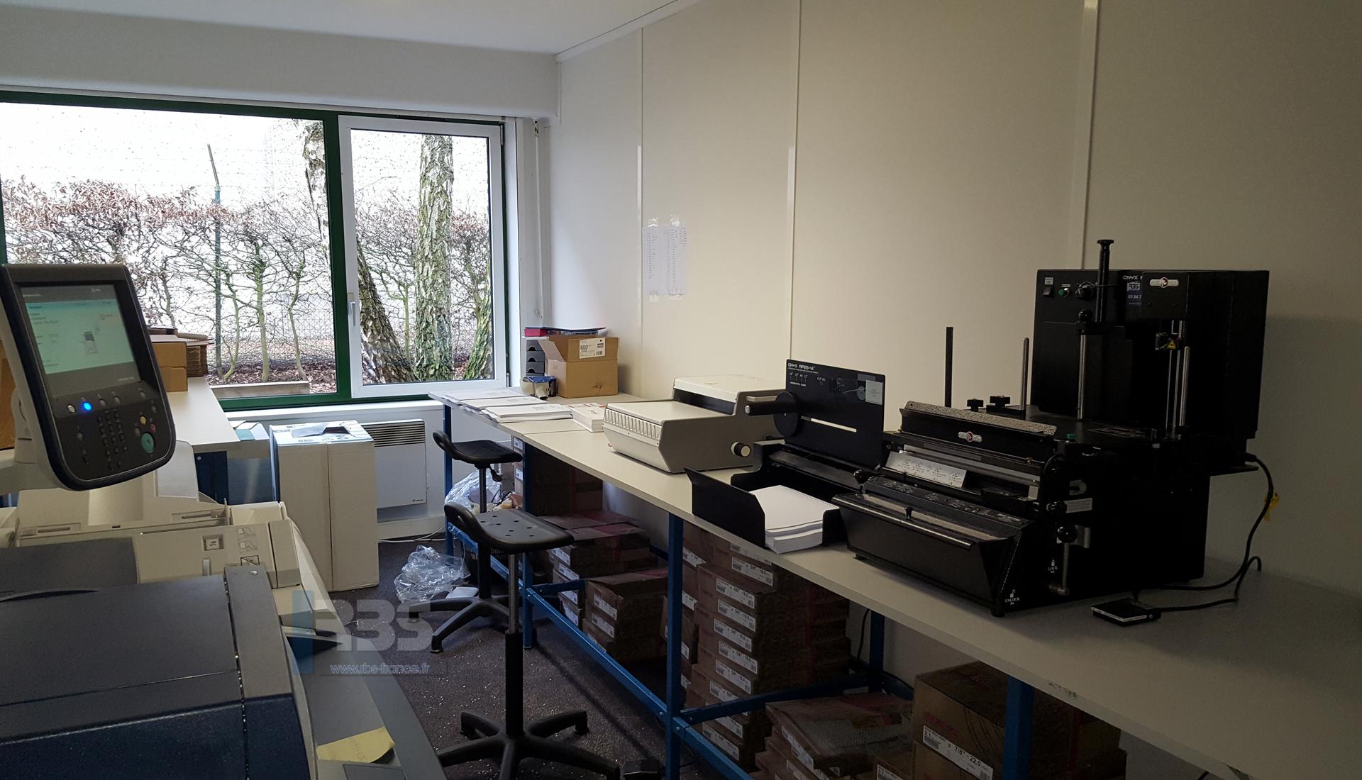 Module De Reliure Automatique 3 En 1 Pps Onyx Hd 7700 Ultima Et Wbs 3600 En Atelier De Reprographie Impression