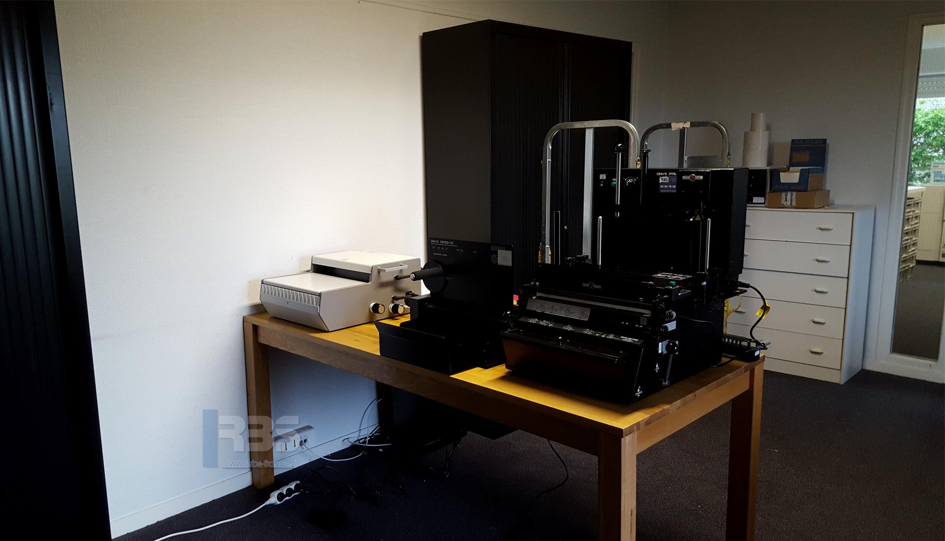 Module De Reliure Automatique 3 En 1 Pps Onyx Hd 7700 Ultima Et Wbs 3600 Au Bureau