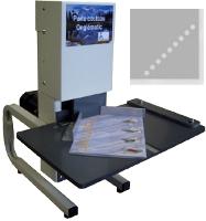 Exemple de perforatrice de coins : l'Onglematc Porte Couteau