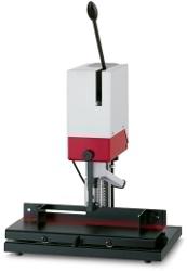 Exemple de perforatrice de papier : la PB 1006 F
