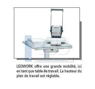 table de travail ergonomique ideal leowork avec pied hauteur r glable. Black Bedroom Furniture Sets. Home Design Ideas
